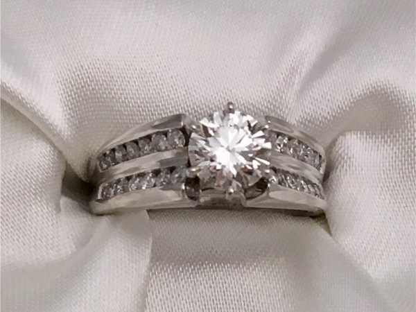 Diamond Seimi Mount 14k White Gold Diamond Engagement Ring containing  0.60 ct side stones will hold Round or Princess Center 6mm