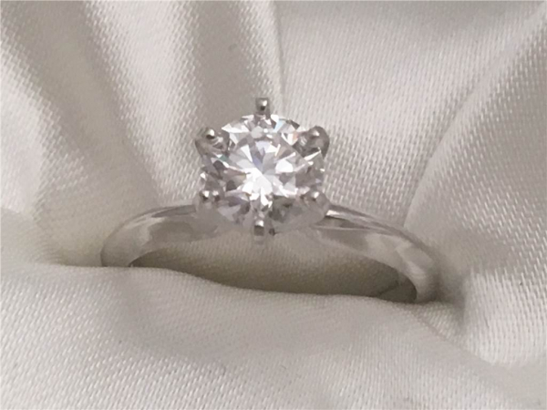 1.00 Ct, 14k White Gold Lab Grown Diamond Solitaire containing One Round Lab Grown White Diamond 1.01Ct Color G Clarity SI1